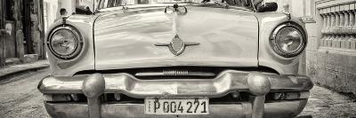 Cuba Fuerte Collection Panoramic BW - Retro Car in Havana-Philippe Hugonnard-Photographic Print
