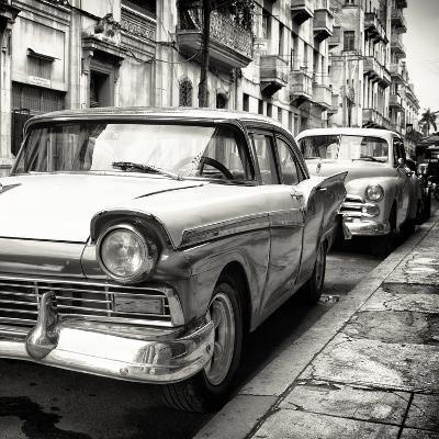 Cuba Fuerte Collection SQ BW - Beautiful American Cars in Havana-Philippe Hugonnard-Photographic Print