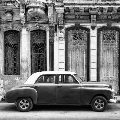 Cuba Fuerte Collection SQ BW - Vintage Car in Havana-Philippe Hugonnard-Photographic Print