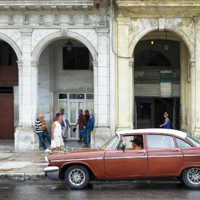 Cuba Fuerte Collection SQ - Havana Street Scene-Philippe Hugonnard-Photographic Print