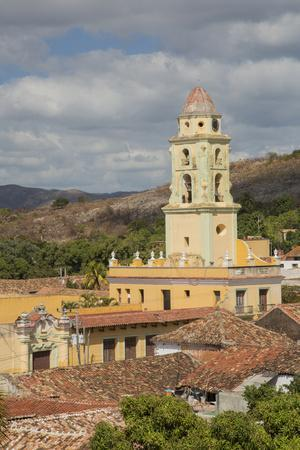 https://imgc.artprintimages.com/img/print/cuba-trinidad-church-and-monastery-of-saint-francis-trinidad-and-the-valley-de-los-ingenios_u-l-q13bla90.jpg?p=0