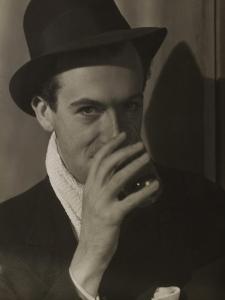 Cecil Beaton by Curtis Moffat
