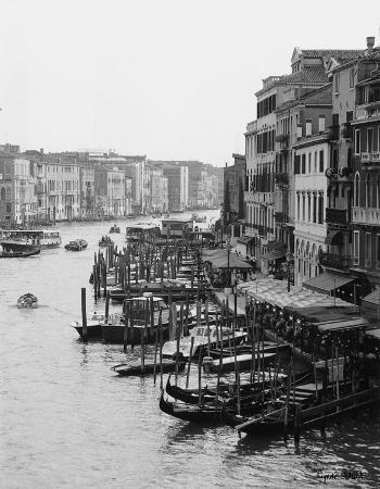 cyndi-schick-array-of-boats-venice