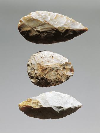 https://imgc.artprintimages.com/img/print/czech-republic-brno-etnograficke-muzeum-moravskeho-muzea-v-brne-worked-flint-splinters_u-l-pop1cs0.jpg?p=0