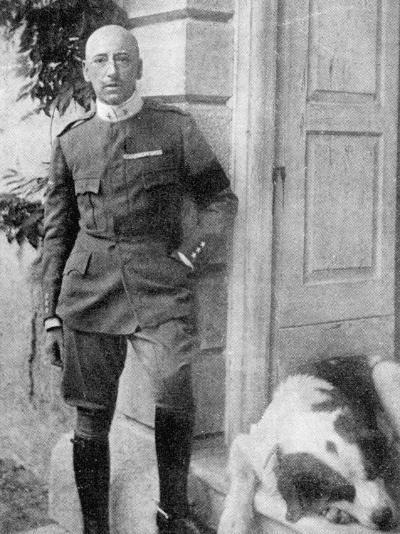 D'Annunzio in 1917--Photographic Print