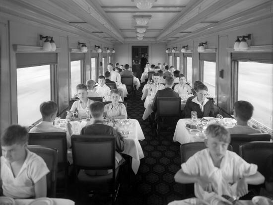 D&Rgw Dining Car Interior, c.1927-George Lytle Beam-Photographic Print