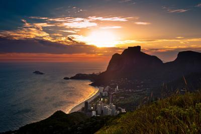 Sunset behind Mountains in Rio De Janeiro by dabldy