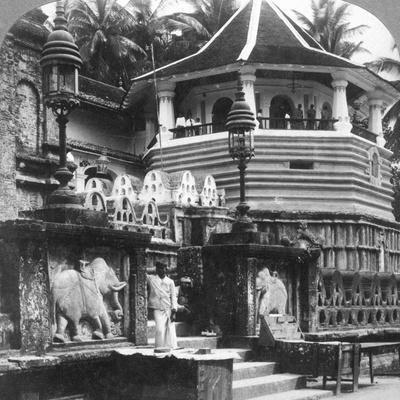 Dalada Maligawa, Palace of Buddha's Tooth, Kandy, Sri Lanka, 1902-Underwood & Underwood-Photographic Print