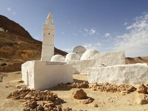 Seven Sleepers Mosque, Chenini, Sahara Desert, Tunisia, North Africa, Africa by Dallas & John Heaton