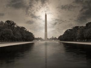 The Washington Monument and Reflecting Pool by Dana Neibert