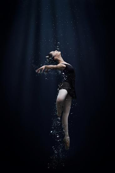 Dance in the Water-Semra Halipoglu-Photographic Print