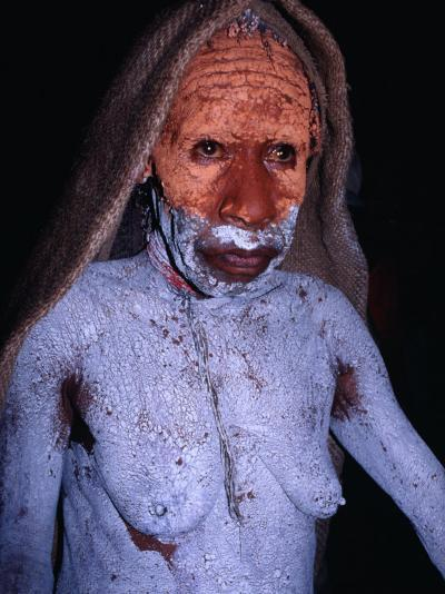 Dani Woman in Mourning with Body Painted in Mud at the Wamena Market, Irian Jaya, Indonesia-Karl Lehmann-Photographic Print