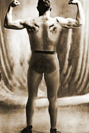Danish Heavyweight Wrestler, 1913--Photographic Print