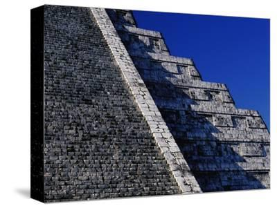 Pyramid of Kukulcan at Chichen-Itza