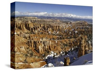 Snow at Sunset Point in Bryce Canyon National Park