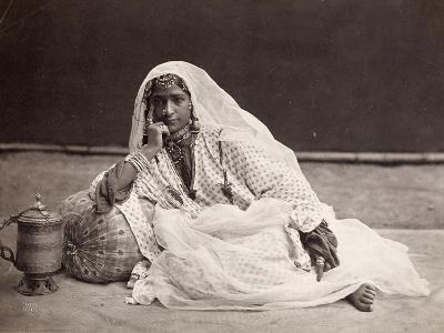 Danseuse (nautch) de Cachemire--Giclee Print
