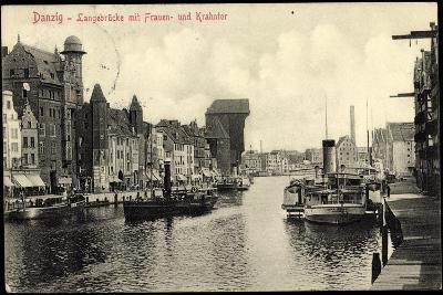 Danzig, Langebrücke Mit Frauen Und Krantor, Dampfer Paul--Giclee Print