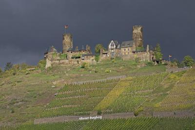 https://imgc.artprintimages.com/img/print/dark-clouds-over-the-thurand-castle-near-alken-on-the-moselle_u-l-q11wc4e0.jpg?p=0