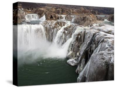 Shoshone Falls in Winter, Frozen Mist Forms Icy Surfaces on Rock, Shoshone Falls, Twin Falls, Idaho