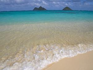 Mokulua Islands from Lanikai Beach by Darrell Gulin
