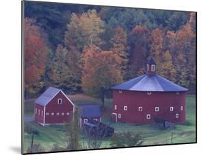 Red Round Barn in Autumn, East Barnet, Vermont, USA by Darrell Gulin