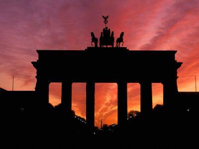 Brandenburg Gate, Unter Den Linden, Berlin, Germany