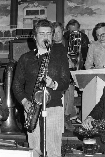 Dave Gelly, Lord Napier Thornton Heath, 1980-Brian O'Connor-Photographic Print