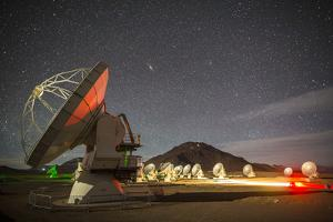 Antennas at the Atacama Large Millimeter/Submillimeter Array, Alma by Dave Yoder