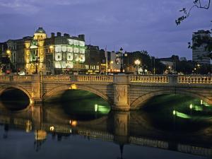 O'Connell Bridge, River Liffy, Dublin, Ireland by David Barnes