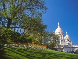Sacre Coeur Basilica, Montmartre, Paris, France by David Barnes