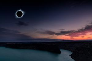 2018 total solar eclipse in Madras, Oregon over the Palisades State Park in path of totality by David Chang