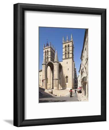 A View of Montpellier Cathedral, Montpellier, Languedoc-Roussillon, France, Europe