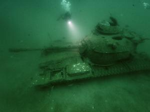 A Tank Sunk in a Zone of Artificial Reefs Off the Coast of Alabama by David Doubilet