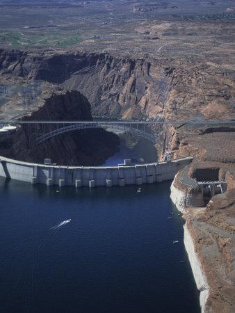 Glen Canyon Dam,Lake Powell,Arizona