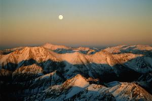 Usa, Colorado, Aspen, Moonrise over Rocky Mountains by David Hiser