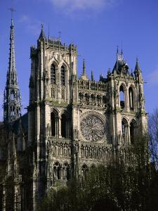 Christian Cathedral of Notre Dame, Unesco World Heritage Site, Amiens, Somme, Picardy, France by David Hughes