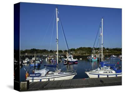 Old Town Quay, Lymington, Hampshire, England, United Kingdom, Europe