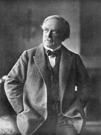 https://imgc.artprintimages.com/img/print/david-lloyd-george-british-liberal-statesman-c1918_u-l-ptv8nz0.jpg?artPerspective=n