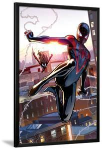 Ultimate Comics Spider-Man #25 Featuring Spider-Man, Spider Woman by David Marquez