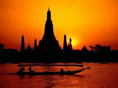 Temple of Dawn in Bangkok, Thailand
