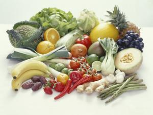 Fruits And Vegetables by David Munns