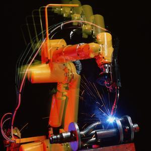Computer-controlled Electric Arc-welding Robot by David Parker