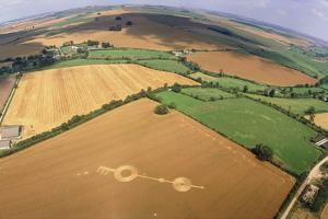 Crop Formation, Near East Kennett, Wiltshire by David Parker