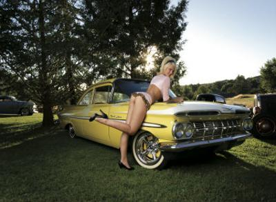 50's Pin-Up Girl