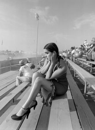 Pin-Up Girl: Dragster Raceway