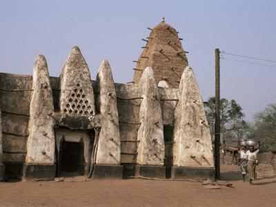 Larabanga Mosque, Reputedly the Oldest Building in Ghana, Ghana, West Africa, Africa