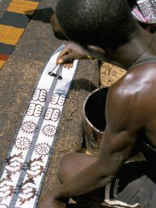 Printing Kente Cloth, Kumasi, Capital of the Ashanti Kingdom, Ghana, West Africa, Africa by David Poole