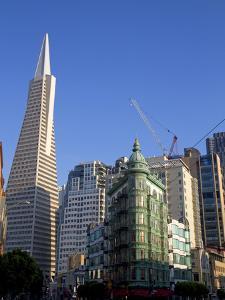 Transamerica Pyramid Skyscraper in San Francisco, California, USA by David R^ Frazier