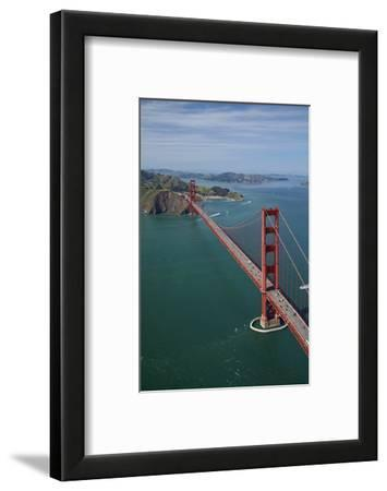 California, San Francisco, Golden Gate Bridge and San Francisco Bay