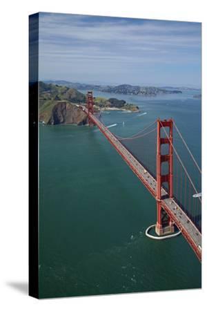 California, San Francisco, Golden Gate Bridge and San Francisco Bay